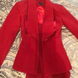 Prettyliitlething 2 piece suit